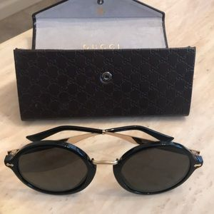 Gucci Sunglasses Made In Italy with Gucci Case
